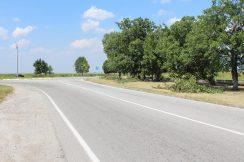 В Урванском районе на а/д «Нарткала-Озрек-Ст. Урух» завершены работы по покраске элементов обустройства автодороги.