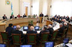 Реализацию в республике перечня поручений Президента России по вопросам обеспечения безопасности дорожного движения обсудили сегодня в Нальчике на заседании профильной Правительственной комиссии